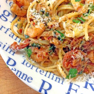 Spaghetti with prawns and chorizo